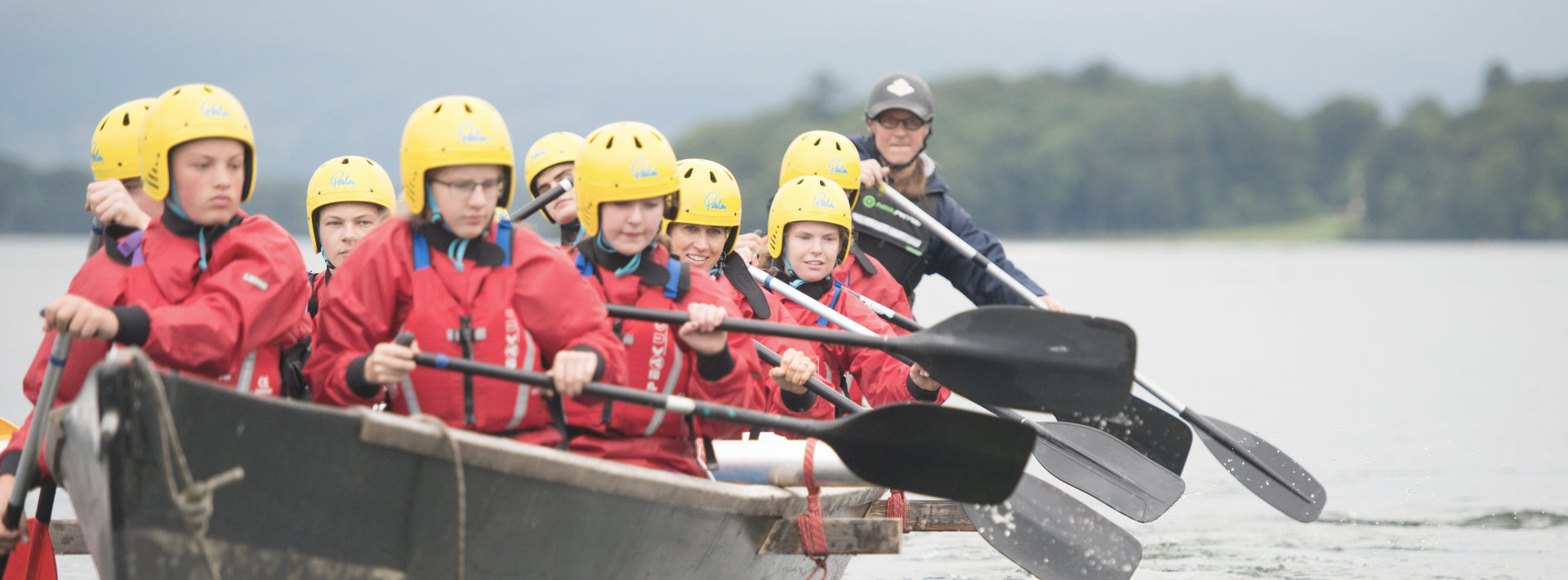 scouts-rowing
